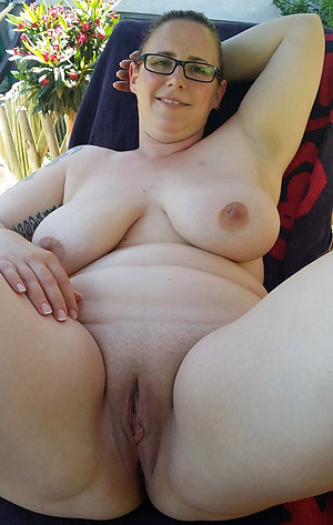 Mature Shaved Pussy Pics