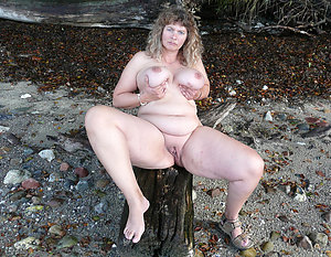 Tight  mature shaved cunt sex pics
