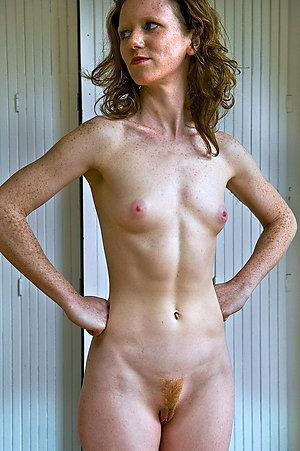 Real horny amateur skinny mature pics
