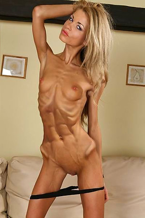 Pretty skinny women naked pictures