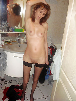Naked mature skinny women photos