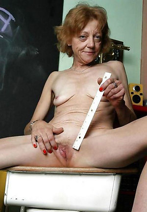 Pretty skinny mature slut pictures