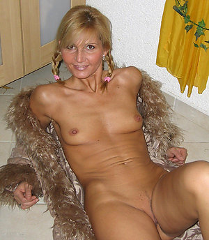 Private nude old women with small tits