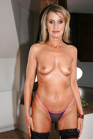 Best nude mature women with small tits