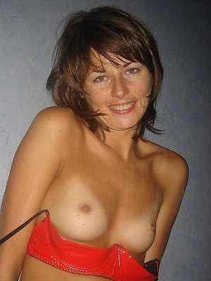 Milf with small tits amateur porn