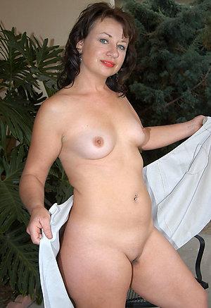 Xxx older women small tits galleries