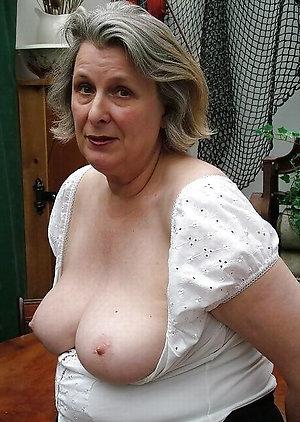 Naked women big tits love porn