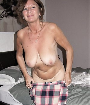 Natural big tit mature women