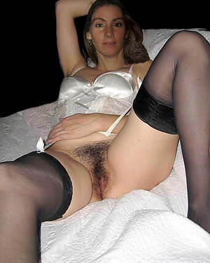 Slutty mature in stockings pics