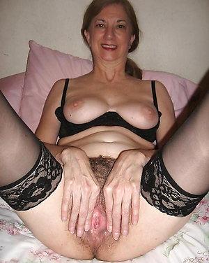 Naughty mature milfs in stockings pics