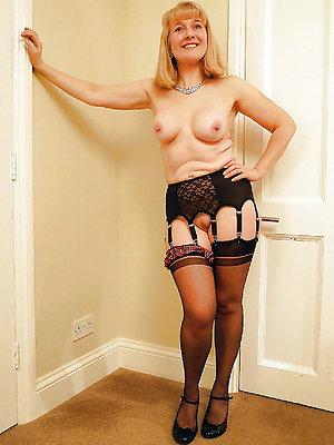 Xxx nylon stocking porn pictures