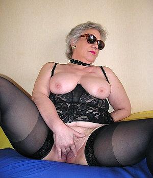 Xxx stocking mature amateur porn pics