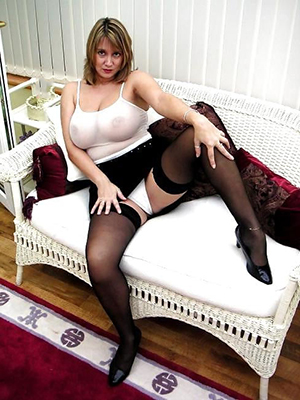Free pics of older hot wife in stockings