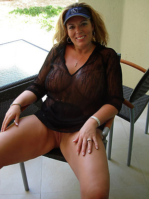 Upskirt mom porn amateur pictures