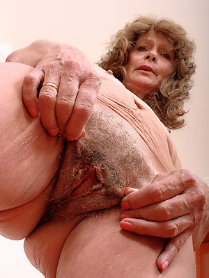 Amateur sexy mature hot wife