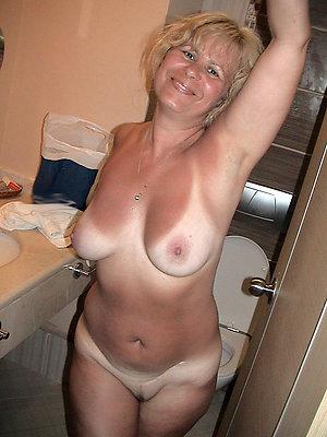 Amateur pics of mature wife slut