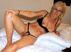 Hotties mature milf wife pictures