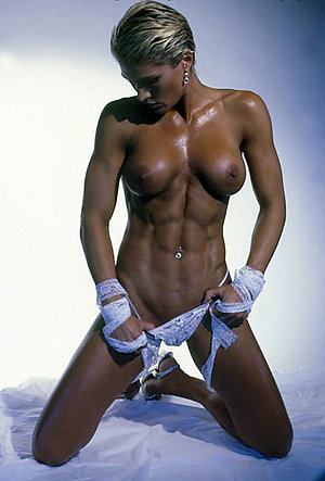 Favorite hot mature muscle woman pics