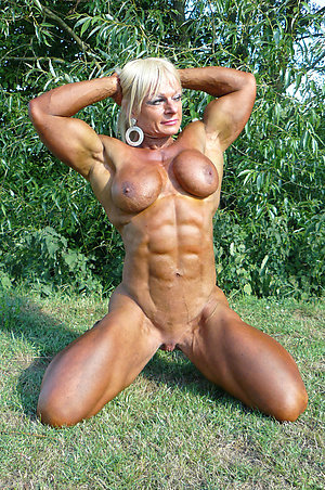 Mature Muscle Pics
