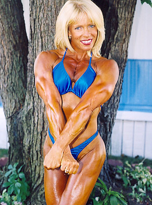 Inexperienced muscle slut pictures