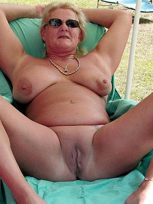 Amazing saggy granny tits pics
