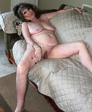 Hot naked granny porn pics