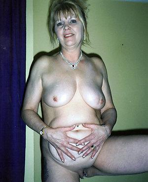 Best pics of mature nude porn