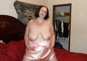 Homemade nasty old women amateur pics