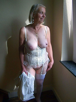 Free old women with big tits pics