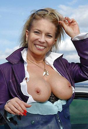 Amateur slut wife porn pics