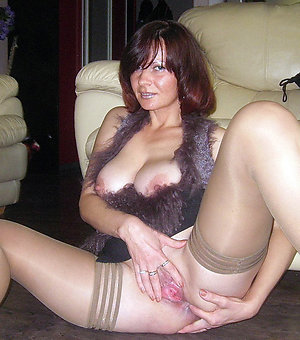 Real mature solo orgasms pictures