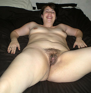 Sexy matured solo abuse pics