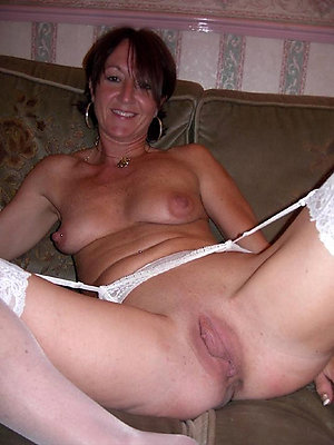 Homemade hot mature floosie pictures
