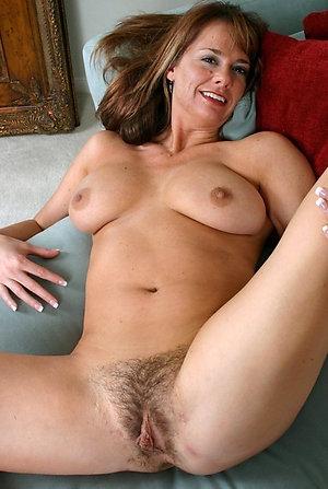 Xxx natural mature women porn pictures