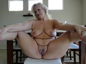 Amateur free natural mature milf