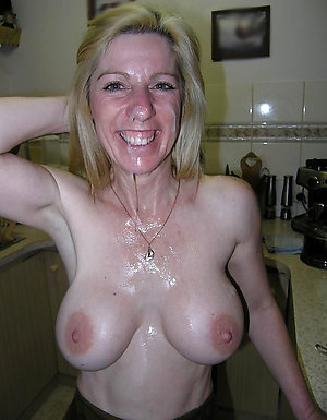 Free mature natural woman slut