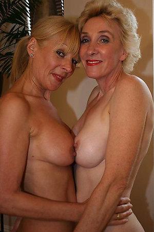 Nude grown-up natural tit porn