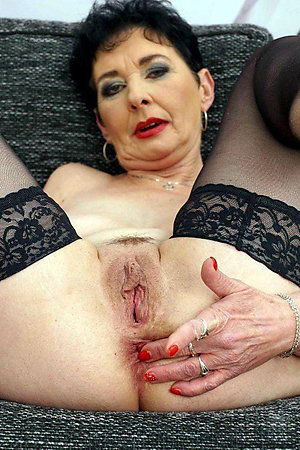 Free natural mature pussy xxx