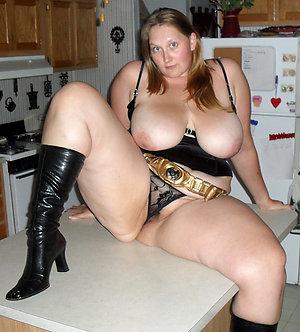 Pretty old bbw sluts pics