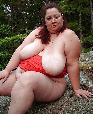 Naked fat sexy mature women