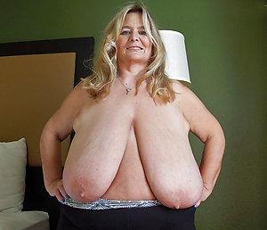 Xxx huge fat mature tits pics