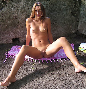 Amateur pics of mature on beach