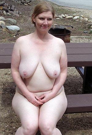 Slutty mature nude beach women pics