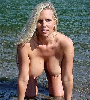 Nice women nude on beach