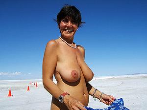 Solo nude beach mature pics