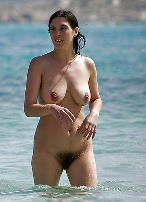 Old naked women on the beach pics