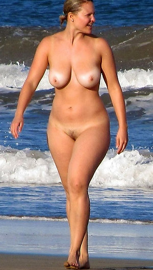 Hot beach whore pics