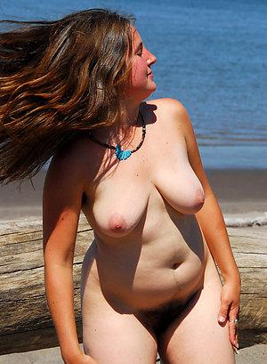 Hot mature beach porn