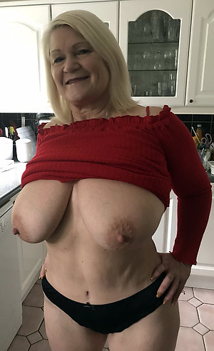 Free mature big tits hairy pussy