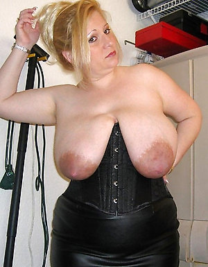 Slutty mature big saggy tits